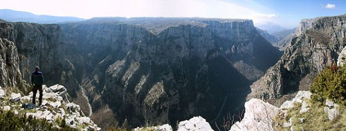 530px-Vikos-gorge